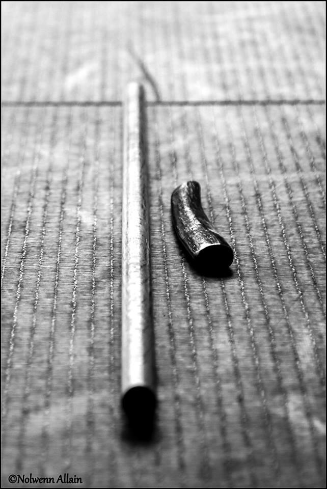 Parmi les armes en Aïkido : le jo (bâton) et le tanto (couteau).